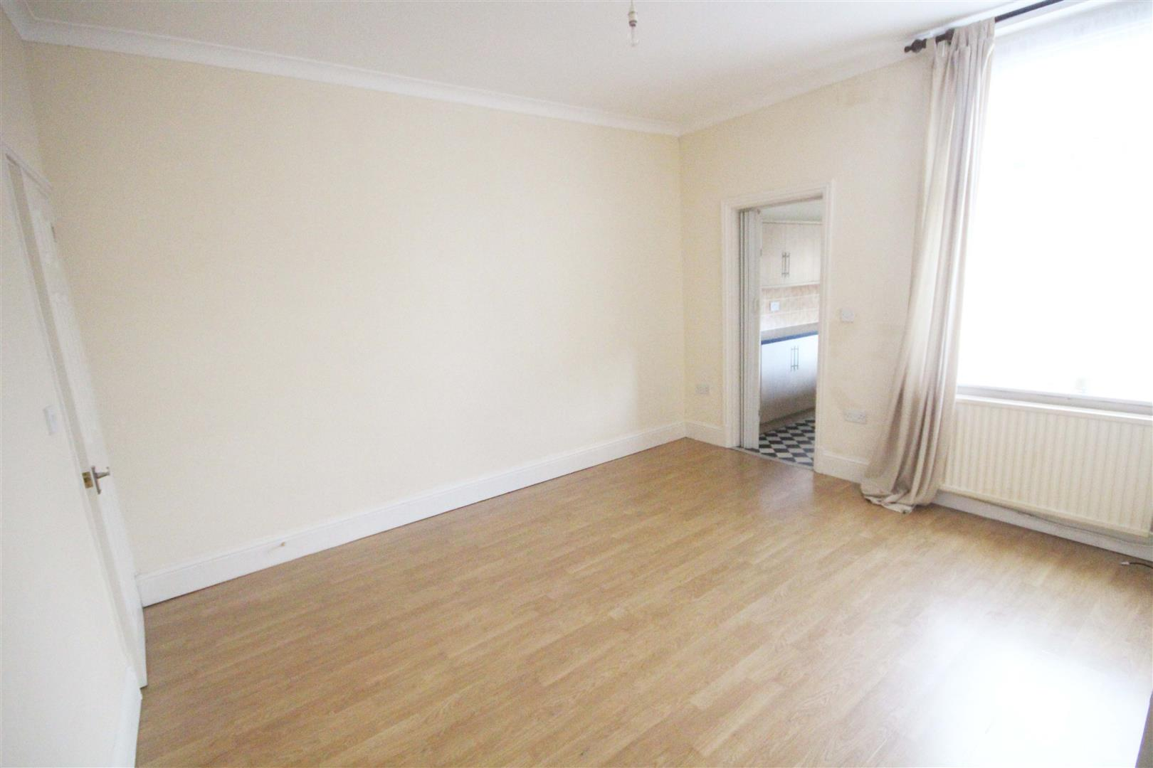 2 bedroom mid terrace house For Sale in Barnoldswick - IMG_7385.jpg
